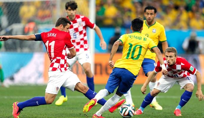 Resultado de imagem para Neymar driblando
