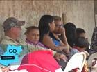 Pais acampam em frente a escolas para conseguir vaga em creche
