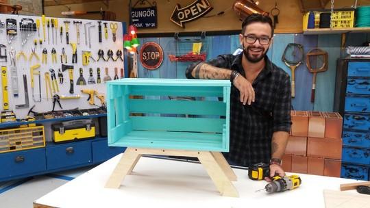 Aprenda a transformar caixotes de feira em móveis