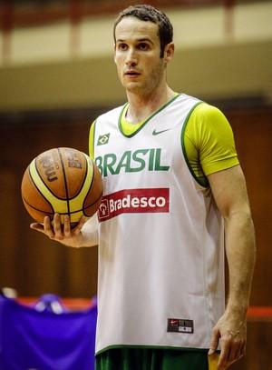 Marcelinho Huertas seleção brasileira basquete (Foto: Gaspar Nobrega/Inovafoto)