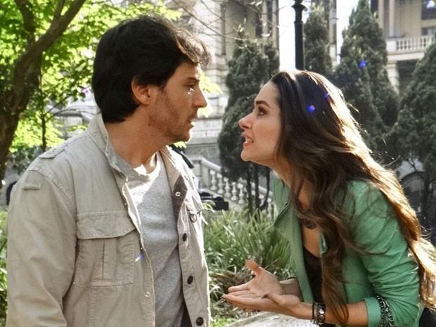 Thales fica chocado com a proposta de Leila (Foto: Amor à Vida/TV Globo)