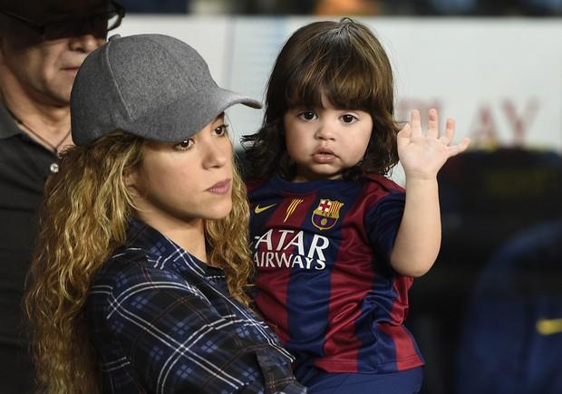 Shakira e Milan  (Foto: LLUIS GENE / AFP)