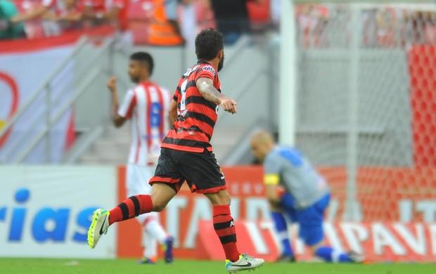 Náutico x Atlético-GO (Foto: Aldo Carneiro/Pernambuco Press)
