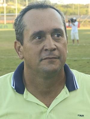 Sérgio Perini, técnico do Castelo (Foto: Vitor Jubini/A Gazeta)