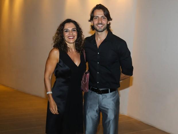 Mara Carvalho com o marido, Carlos Martin, em pré-estreia de musical em São Paulo (Foto: Manuela Scarpa e Cláudio Augusto/ Foto Rio News)