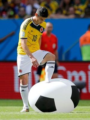 James Rodriguez - Colômbia x Costa do Marfim (Foto: Reuters)