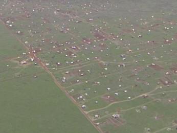 Vista aérea de acampamento de sem-terra próximo a Br-040, no DF (Foto: Reprodução/ TV Globo)