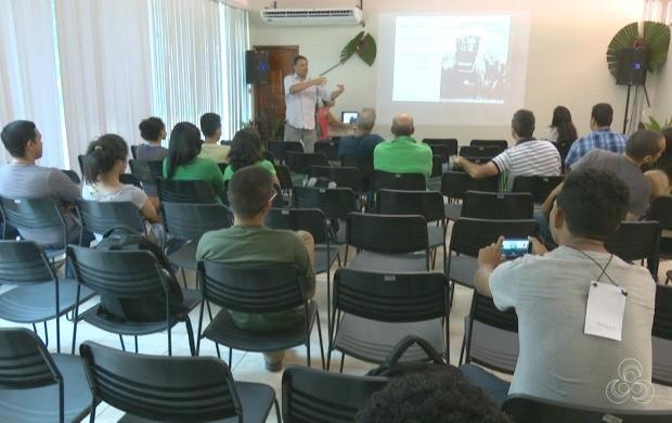 Evento é realizado pela primeira vez na região Norte e conta com ornitólogos de todo o país (Foto: Jornal do Acre)