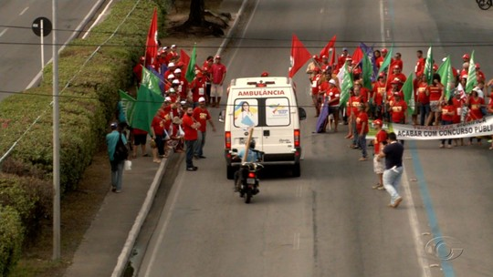 Diversas categorias de trabalhadores de AL paralisam as atividades em protesto
