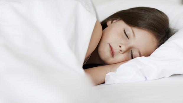c590380c4d Colchão e travesseiro adequados são fundamentais para a saúde do sono das  crianças (Foto
