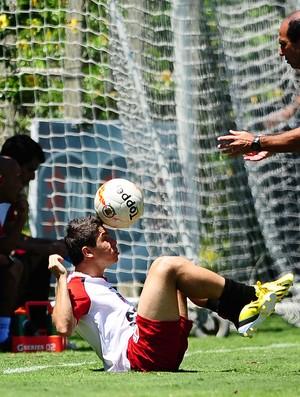osvaldo são paulo treino (Foto: Marcos Ribolli / Globoesporte.com)