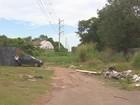 Com obra parada, Rodovia Norte-Sul acumula lixo e lamaçal em Macapá