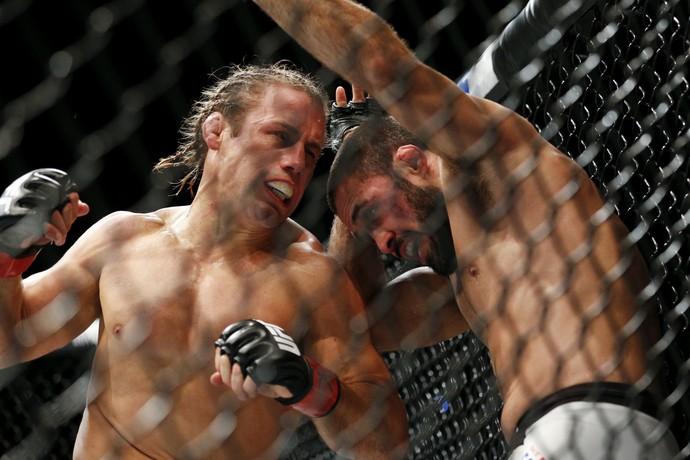 Faber x Saenz; UFC 194 (Foto: AP)
