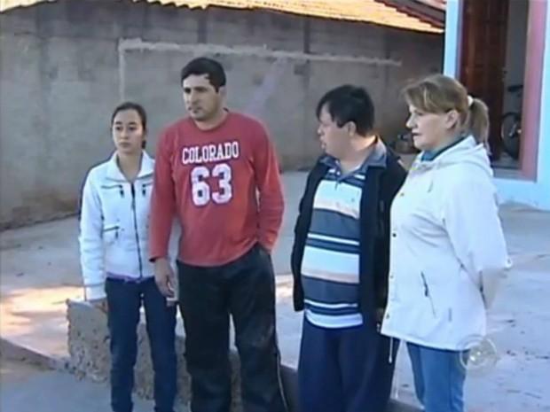 Estudantes estão sem transporte escolar em Itapetininga (SP). (Foto: Reprodução TV TEM)