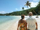 Família Schurmann mergulha nas cavernas da Polinésia Francesa