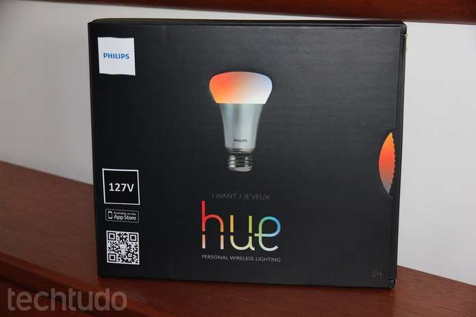 Lâmpadas inteligentes da Philips impressionam pela gama de cores e configurações (Foto: Rodrigo Bastos/TechTudo)