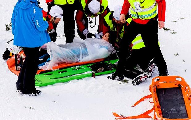Anja Tepes queda esqui  (Foto: Reuters)