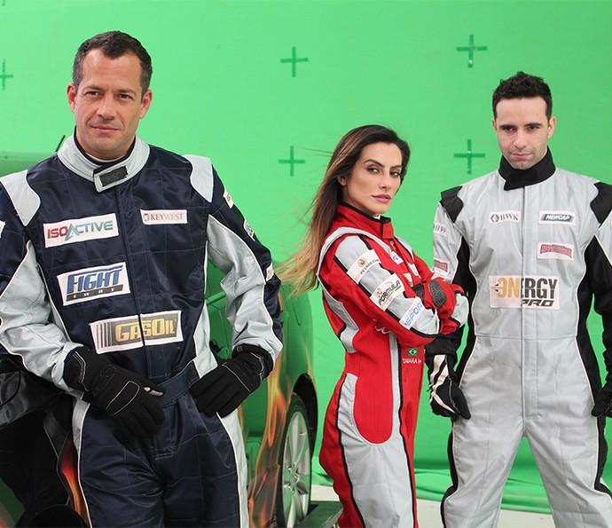 Malvino, Cleo e Jerônimo no maior carão nos bastidores do ensaio dos pilotos da Fórmula Rally. Que time!!! (Foto: Paula Oliveira/Gshow)