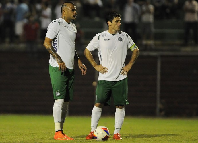 Allan Dias e Fumagalli meias Guarani (Foto: Rodrigo Villalba / Memory Press)