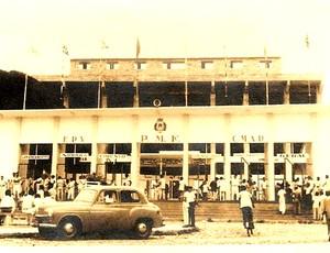 Estádio Presidente Vargas nos anos 40 (Foto: Divulgação/PMF)