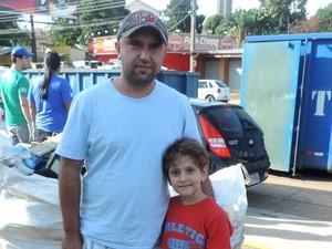 Roger e Lucas foram juntos ao Parque do Povo  (Foto: Ynaiê Botelho/ G1)