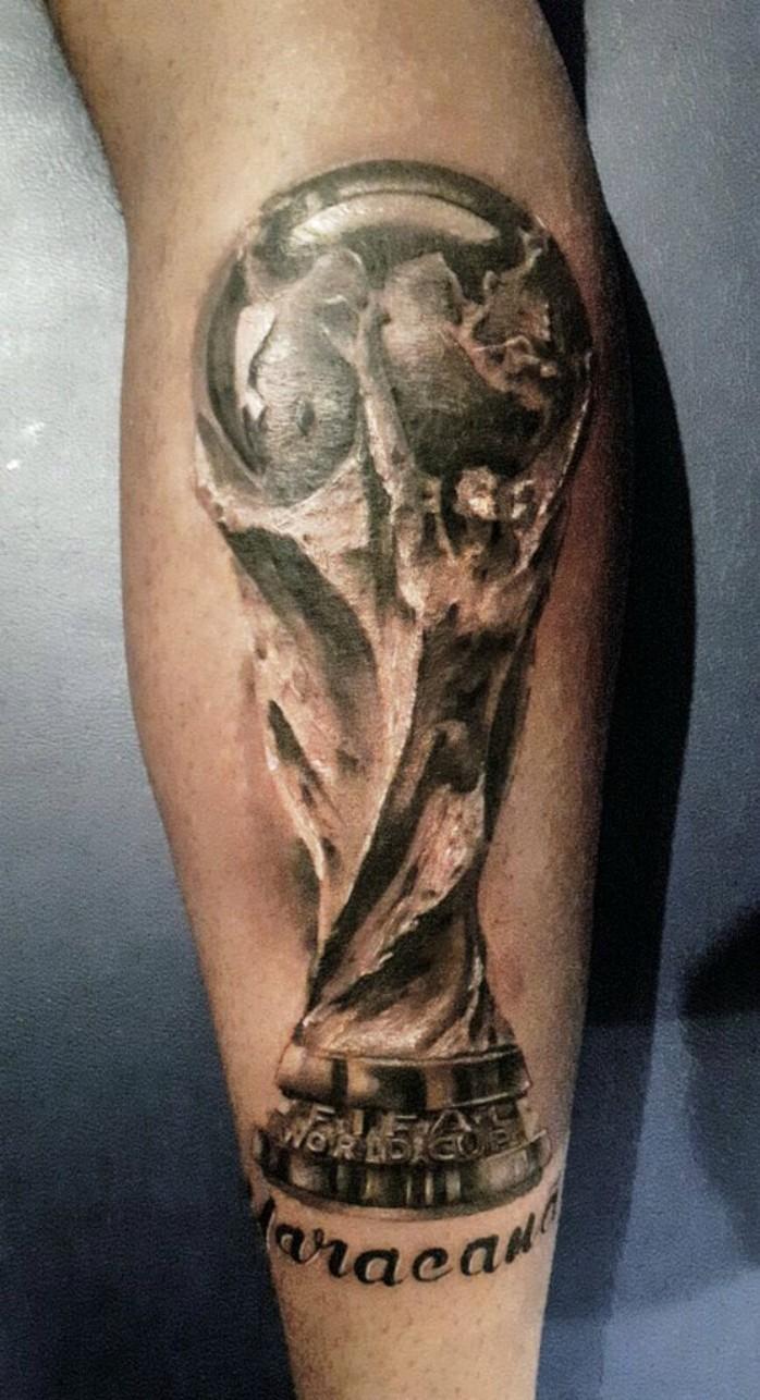 "BLOG: Para a eternidade: Boateng tatua a Copa do Mundo e nome ""Maracanã"""