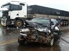 Acidente entre carro e carreta deixa um morto no sudoeste do Paraná