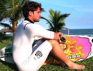 Alejo Muniz surfe  (Foto: Divulgação)