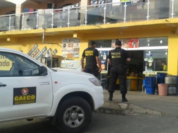 Estabelecimentos comerciais da cidade foram alvo de fiscalização. (Foto: Divulgação/MPE )
