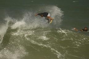 Roberto Pino Surfe