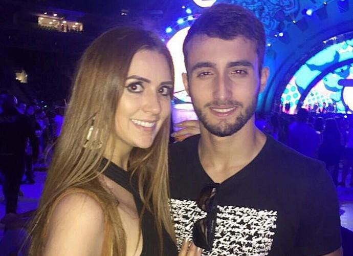 Tamires e o novo namorado, o estudante de odontologia Daniel Stefani (Foto: Arquivo Pessoal)