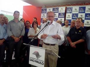 Governador falou sobre corte no orçamento (Foto: Guilherme Tavares / TV TEM)
