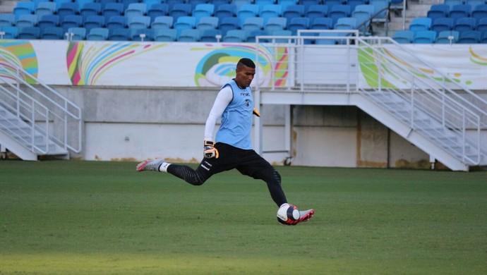 Edson goleiro do ABC (Foto: Andrei Torres/ABC)
