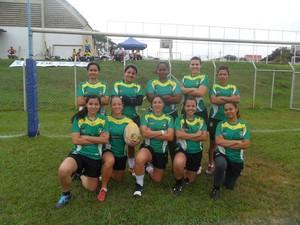 Time feminino do Cuiabá Rugby que disputou o Pequi nations 2013 (Foto: Arquivo Pessoal/Mikele Santa Rita)
