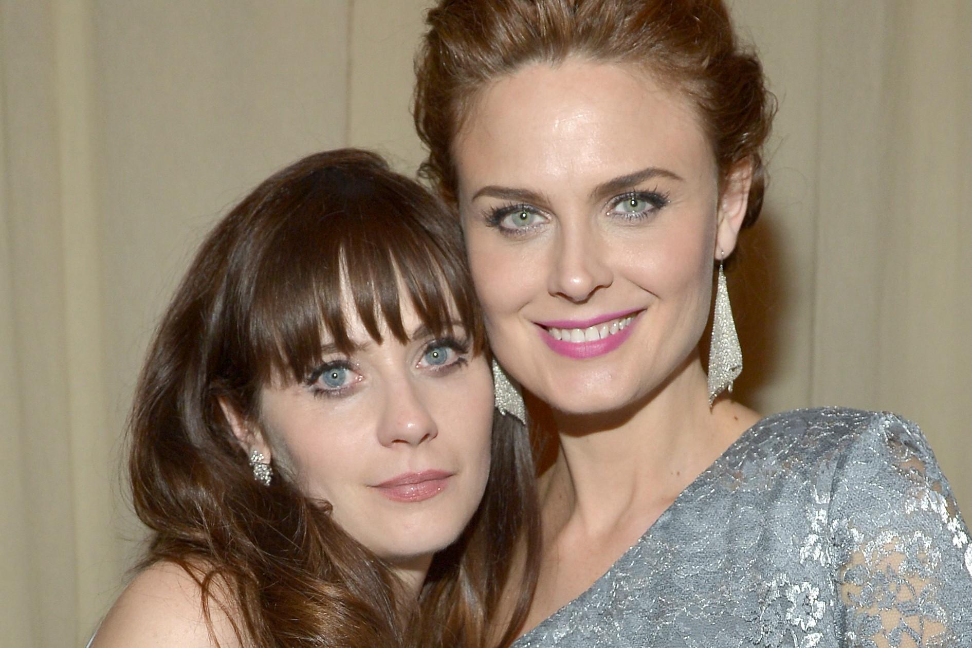 Zooey Deschanel (à esq.) tem 34 anos e Emily Deschanel, 37. (Foto: Getty Images)