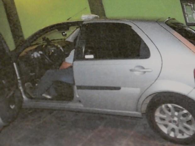 Valdir de Oliveira Miranda foi morto a facadas na garagem de casa, em Suzano (Foto: Divulgação/Polícia Civil)