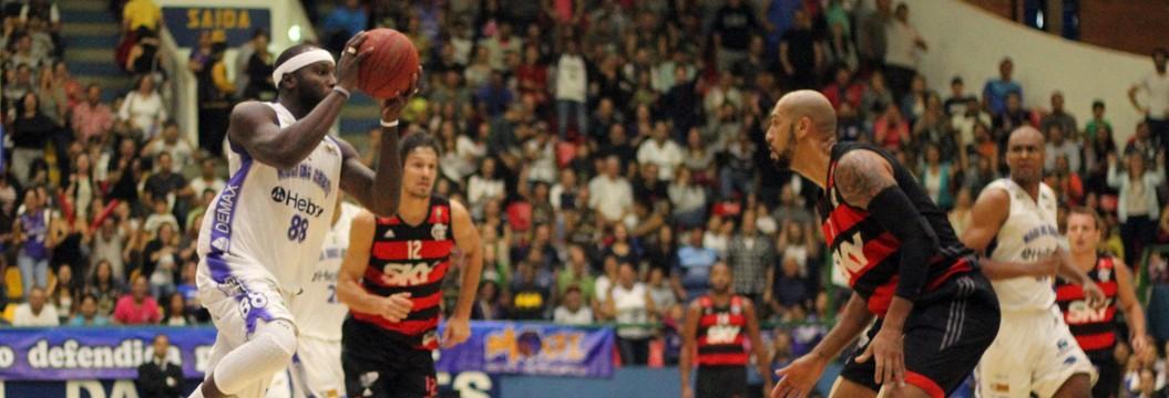 Mogi Basquete vence o Flamengo no primeiro jogo das semifinais do NBB (Antonio Penedo/Mogi-Helbor)