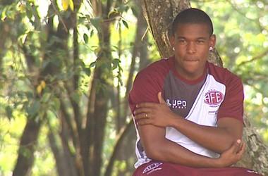Alan Mineiro, meia da Ferroviária (Foto: Ronnei Nicoletti/EPTV)