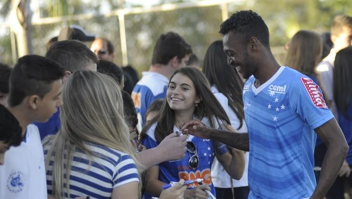Marquinhos; Cruzeiro (Foto: Gualter Naves/Light Press)