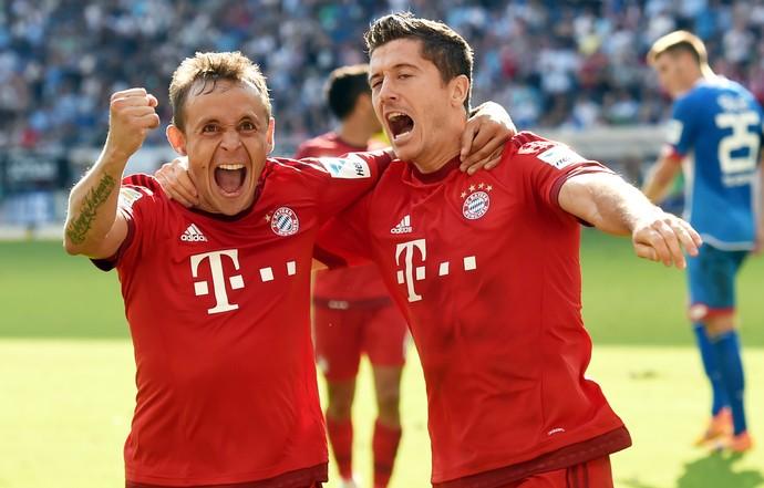 Rafinha Lewandowski Bayern (Foto: AP)