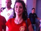 Candidata do PCB ao governo, Marta Jane vota em colégio de Goiás