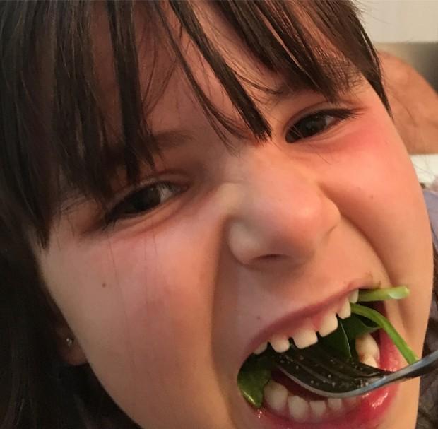 Maitê comendo salada (Foto: Reprodução/ Instagram)