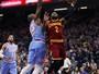 Irving e Korver decidem, e Cleveland  Cavaliers derrota Kings fora de casa