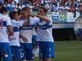 """De olho na """"La UC"""": rival de Atlético-PR na Libertadores chega sob pressão"""