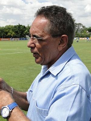 Benecy Queiroz, dirigente do Cruzeiro (Foto: LÉO SIMONINI)