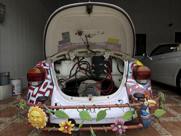Motor à combustão foi completamente retirado do modelo (Foto: Daniel Becerril / Reuters)
