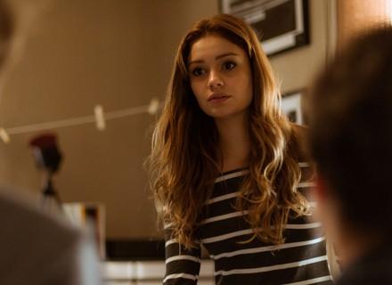 Alice se emociona ao ver Lucas e Valentim juntos