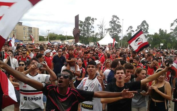 Joinville torcida título da B (Foto: André Buzzi/RBS TV)