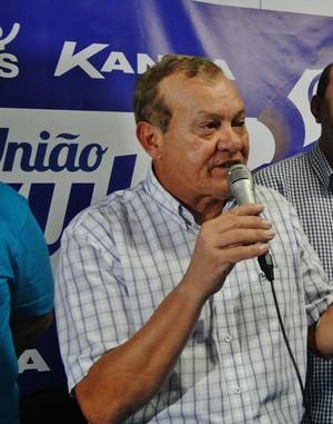 Rafael Tenório, vice financeiro do CSA, explicou a prestação de contas do clube (Foto: Henrique Pereira/ GloboEsporte.com)