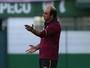 """""""Com reforços, é um time que vai fazer um bom 2017"""", diz Ricardo Gomes"""